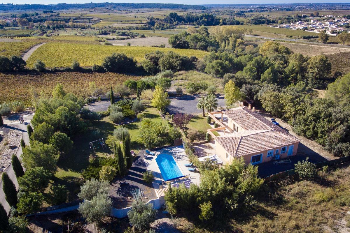 L'Acacia villa 8 pers. vue du ciel  - Location de vacances - Plaissan