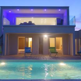 villa de luxe en bord de mer - Location de vacances - Sérignan