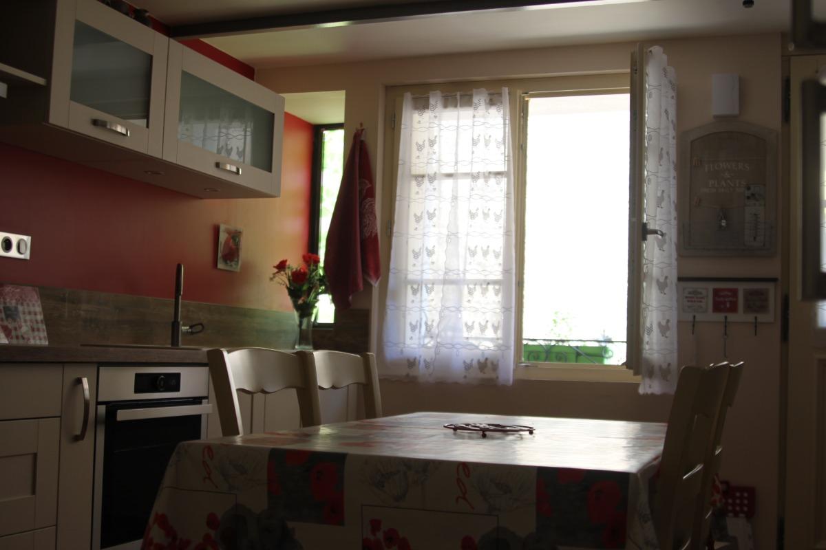 Salle à manger - Location de vacances - Saint-Thibéry