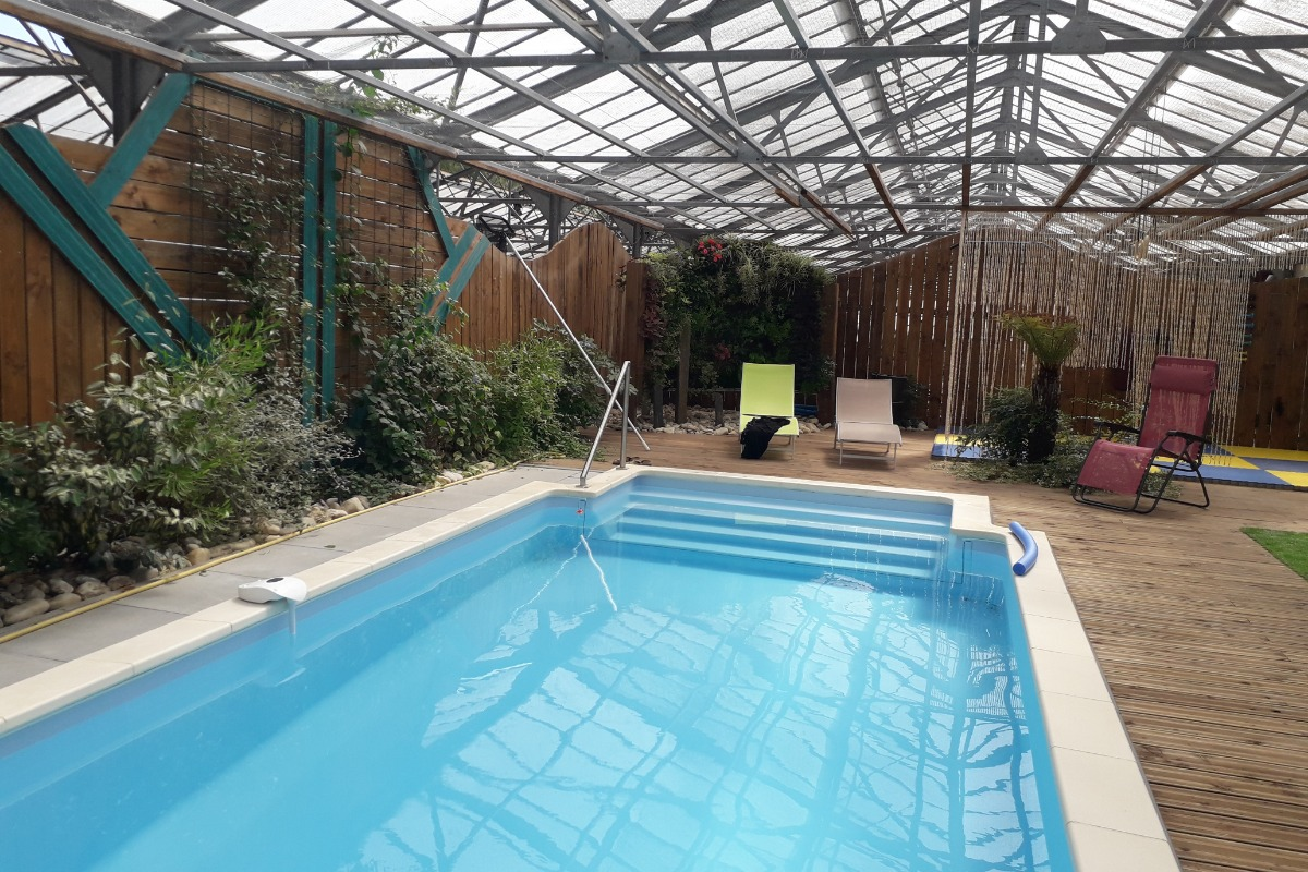 Salon séjour ouvert sur la cuisine - Location de vacances - Saint-André-de-Sangonis