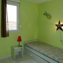Chambre 2 rdc - Location de vacances - Cap D'agde