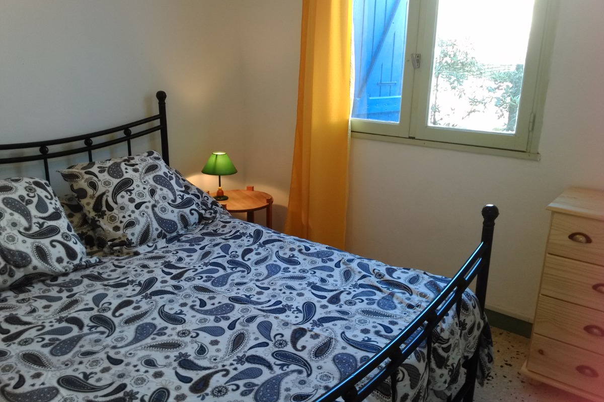 chambre indépendante lit double - Location de vacances - VALRAS-PLAGE