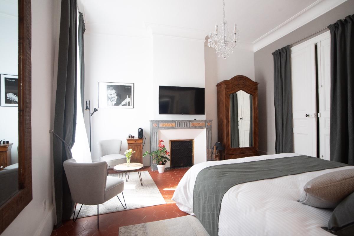 - Chambre d'hôtes - Montbazin