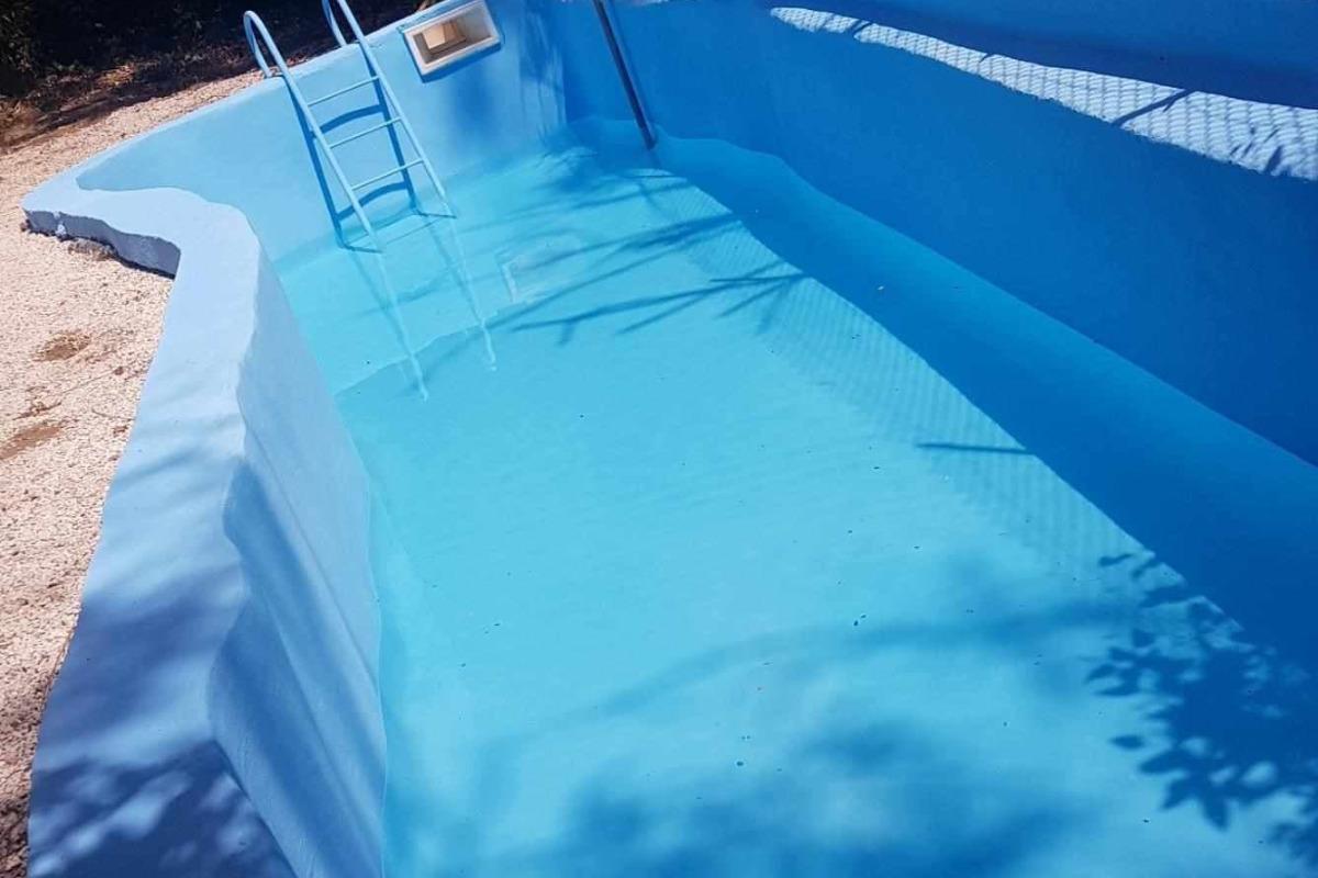 autre vue de la piscine - Location de vacances - Bassan