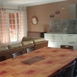 Côté cuisine - Location de vacances - Bassan