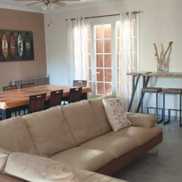 Le coin salon salle à manger - Location de vacances - Bassan