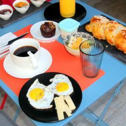 Petit déjeuner - Chambre d'hôtes - Prades-le-Lez