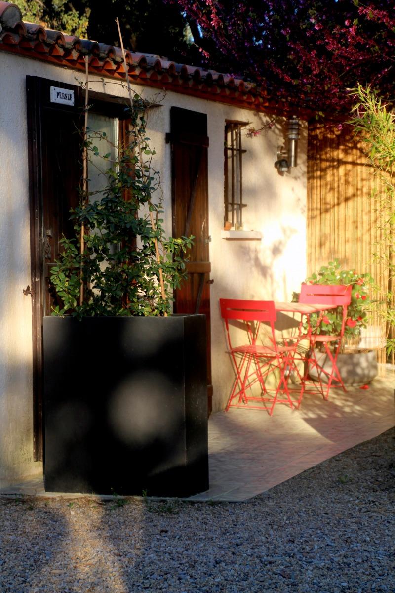 terrasse-entrée - Chambre d'hôtes - Prades-le-Lez