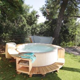 Jacuzzi privé - Location de vacances - Saint-Paul-et-Valmalle
