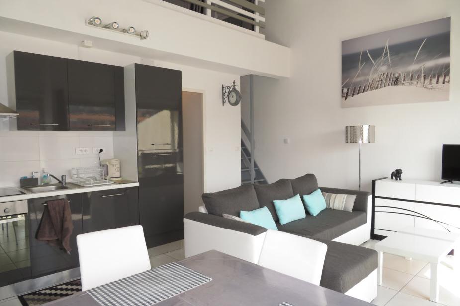Cuisine ouverte sur séjour - Location de vacances - Sète