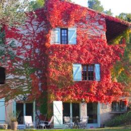 Gite Plomidi • Entrée, jardin, terrasse, parking privatifs - Location de vacances - Prades-le-Lez