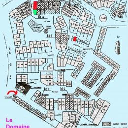 Plan du Domaine de la Varde . Le Cyprès 105 se trouve en haut, à gauche (en rouge l'appartement, en vert je jardin). - Location de vacances - Saint-Malo