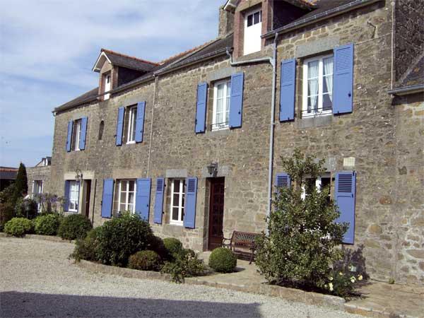 Vue extérieure de la maison - Location de vacances - Saint-Coulomb