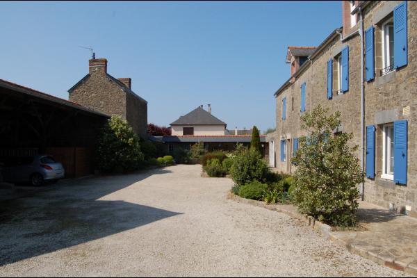 la maison et ses extérieures - Location de vacances - Saint-Coulomb
