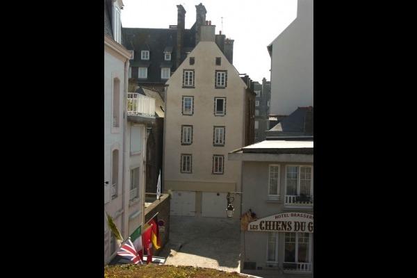 Appartement situé au 3ème étage. - Location de vacances - Saint-Malo