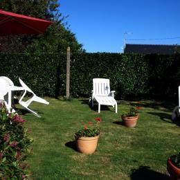 Jardin ensoleillé toute la journée - Location de vacances - Cancale