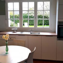 Salle de séjour orientée sud-ouest - Location de vacances - Cancale