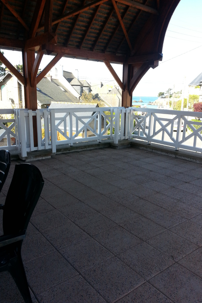 La terrasse couverte de 54 m2 avec vue mer - Location de vacances - Saint-Malo