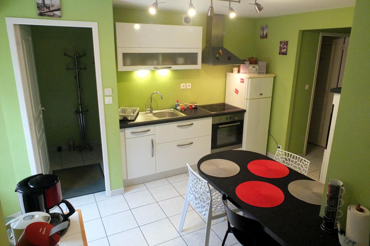 La cuisine récemment installée - Location de vacances - Saint-Malo