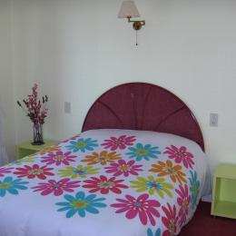 Chambre côté rue - Location de vacances - Cancale
