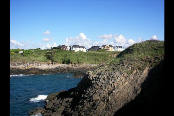 La résidence depuis la côte - Location de vacances - Saint-Malo