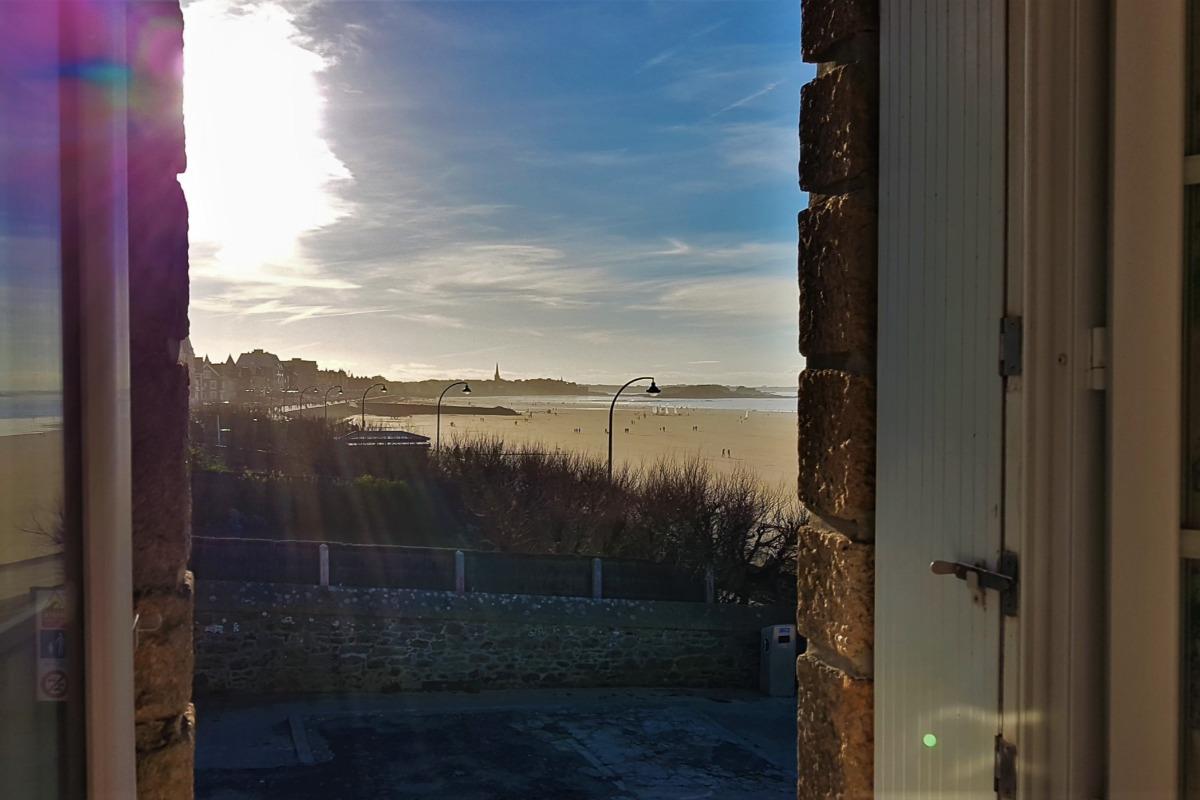 Vue vers la pointe de la Varde depuis l'appartement  - Location de vacances - Saint-Malo