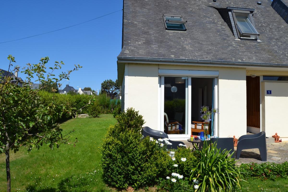 Terrasse côté Ouest, Jardin clos, Mobilier de jardin - Location de vacances - Saint-Malo