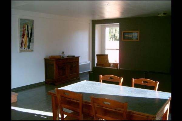 Salle à manger - Location de vacances - La Baussaine