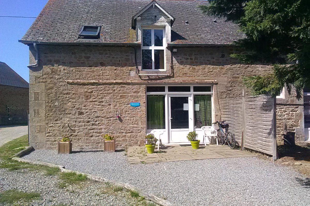 Vue extérieure de la maison - Location de vacances - Saint-Broladre