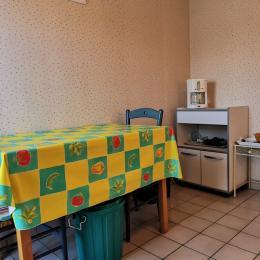 La salle d'eau rénovée en 2019 - Location de vacances - Saint-Malo