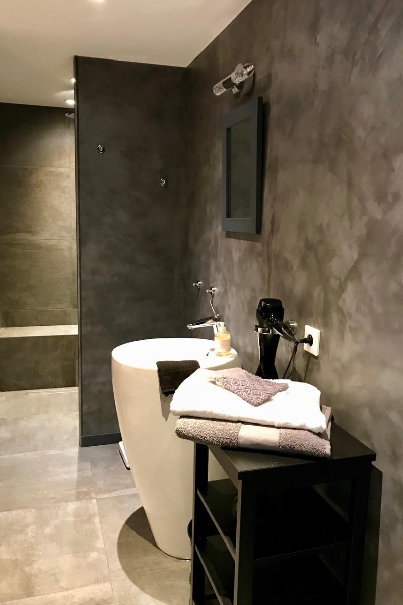 salle d'eau  communicante à la chambre - Chambre d'hôtes - Cardroc