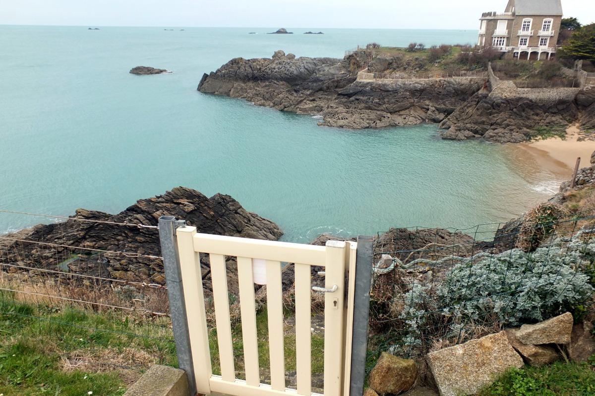 Accès direct à la plage du Nicet, bien abritée - Location de vacances - Saint-Malo