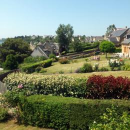 La vue sur la Rance et le village depuis une chambre - Location de vacances - Saint-Suliac