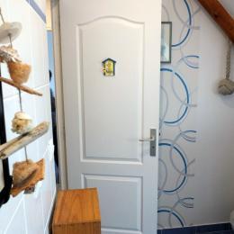 La salle de bains - Chambre d'hôtes - La Ville-ès-Nonais