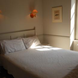 Chambre rouge - Chambre d'hôtes - Saint-Suliac