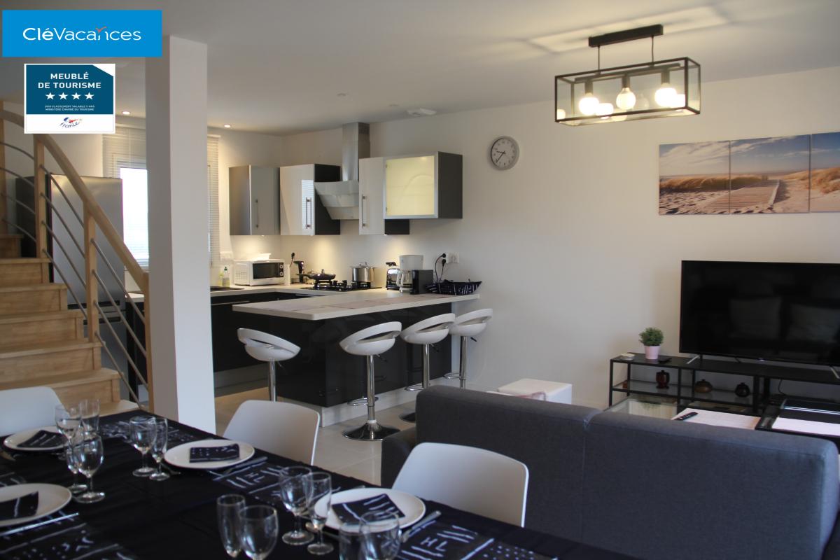 Salon séjour sur cuisine ouverte - Location de vacances - Saint-Malo