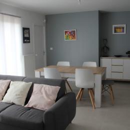 Au RDC, la chambre n°1 double avec salle d'eau-WC privative - Location de vacances - Saint-Malo