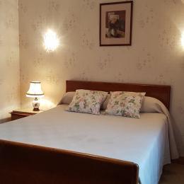 La chambre avec lit 140 cm - Chambre d'hôtes - Dol-de-Bretagne
