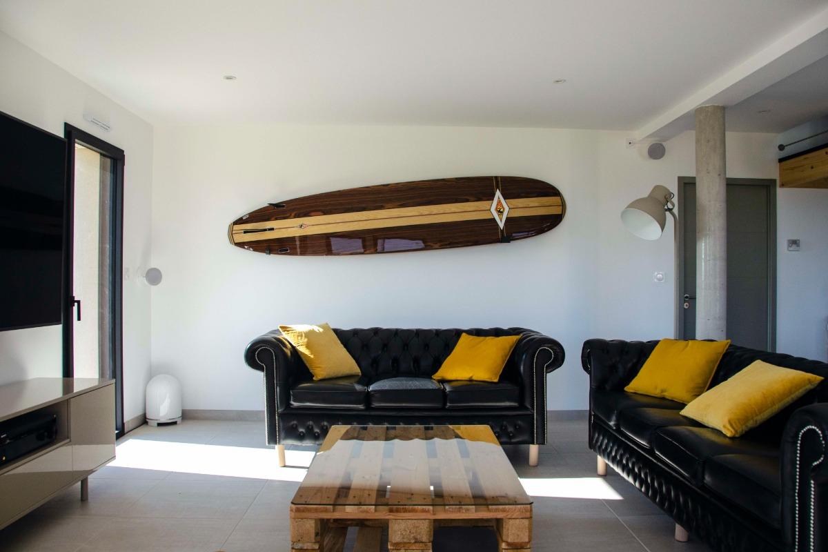La Villa Touesse : l'espace-salon - Location de vacances - Saint-Coulomb