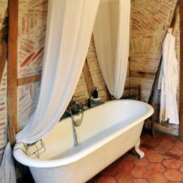 Grande salle de bain - Chambre d'hôtes - Ingrandes