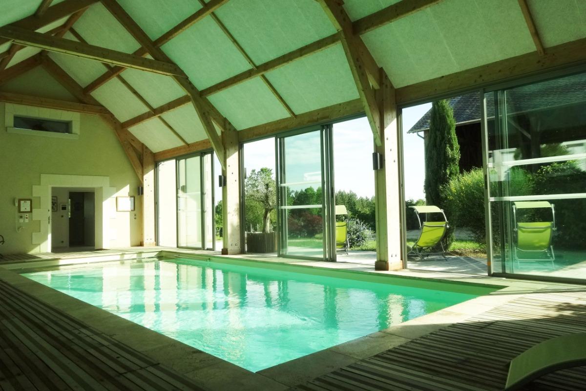 piscine couverte et chauffée - Location de vacances - Varennes-sur-Fouzon