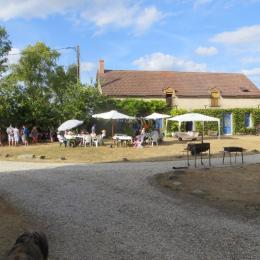 Extérieur du gîte - Location de vacances - Saint-Pierre-de-Lamps