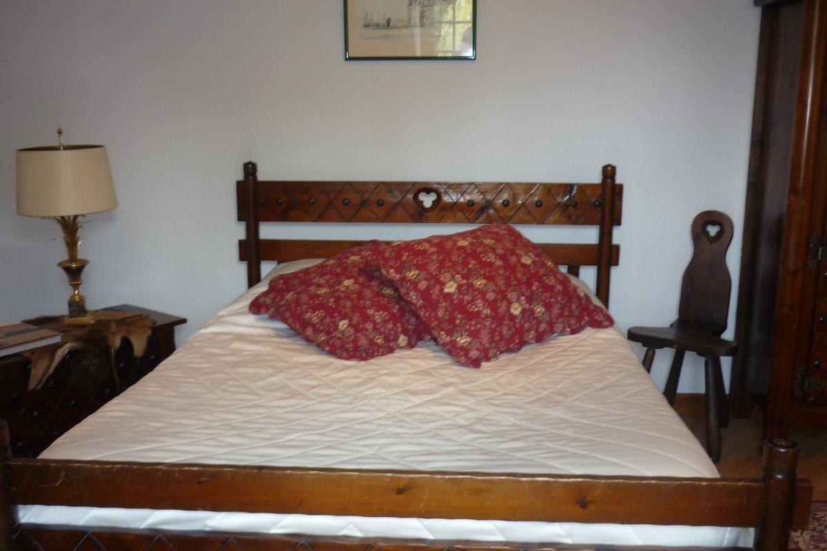 Chambre n1 un grand lit et 2 lits de 90 cm - Chambre d'hôtes - Civray-de-Touraine