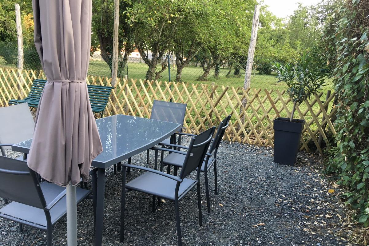 Le gîte vu de la maison de maître - Location de vacances - Villeloin-Coulangé