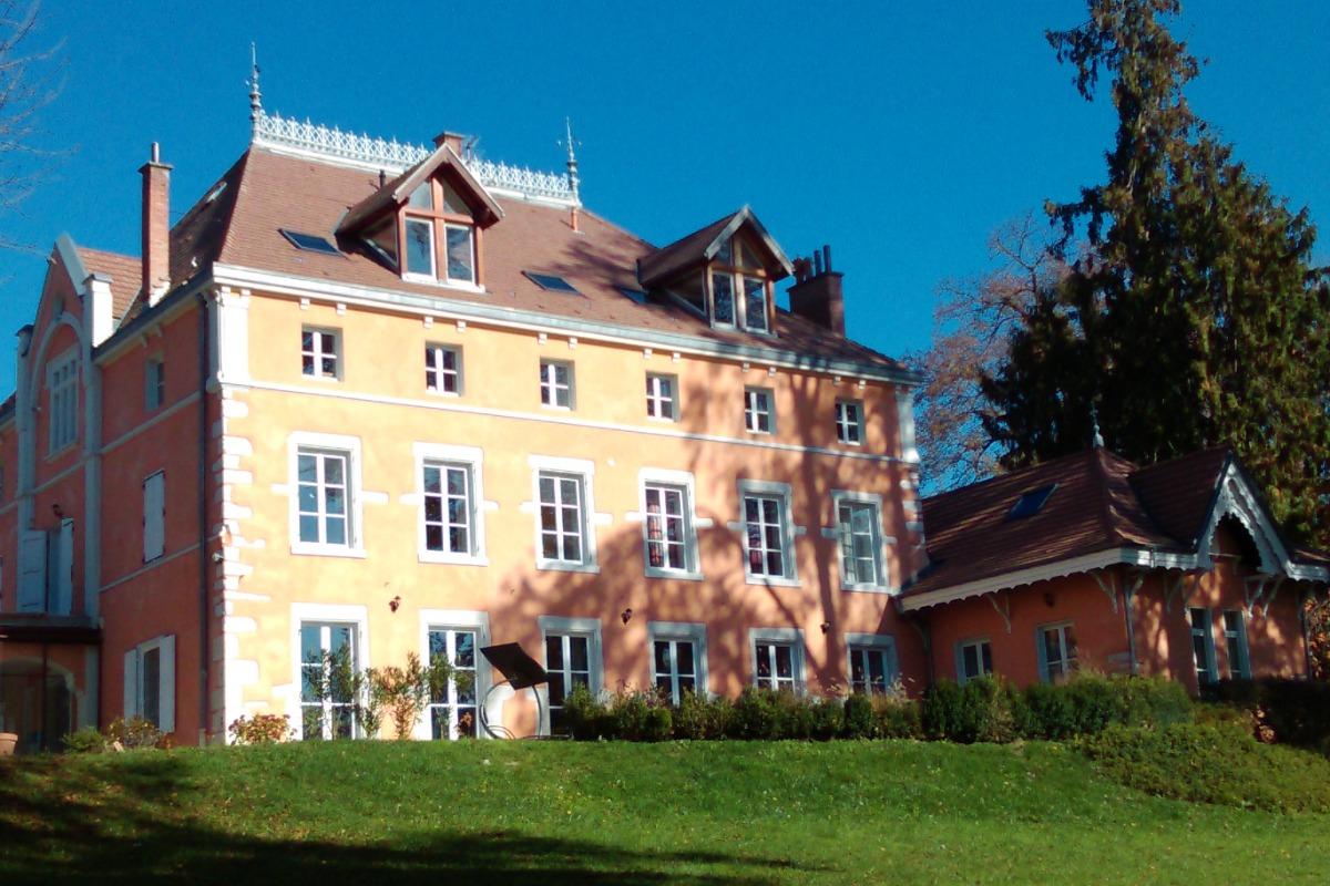 Suite familiale pour 2 à 4 personnes (Coublevie - Isère - Chartreuse - Voiron) - Chambre d'hôtes - Coublevie