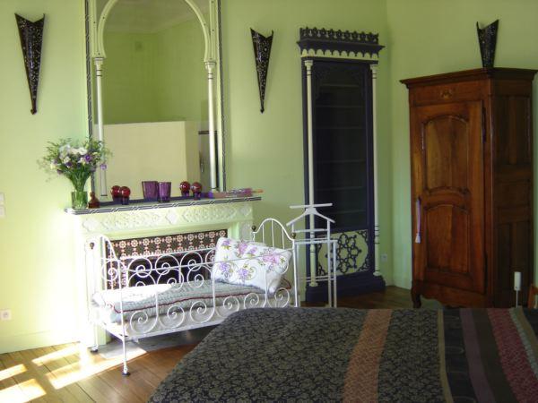 Chambre d'hôtes à 2km du centre ville de Voiron, à 25km de Grenoble et 90km de Lyon - Chambre d'hôtes pour 2 personnes (Coublevie - proche Voiron) - Chambre d'hôtes - Coublevie