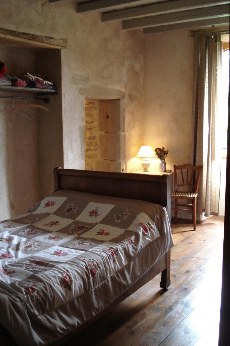 lit de 120 x200 - Chambre d'hôtes - Auberives-en-Royans