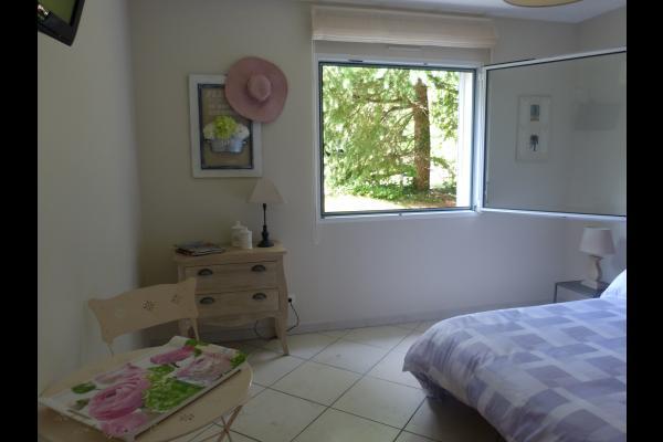 la chambre - Chambre d'hôtes - Saint-Nazaire-les-Eymes