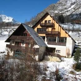 Appartement dans chalet à louer pour vos vacances au ski à venosc-Les Deux Alpes - Vue extérieure   - Location de vacances - Vénosc