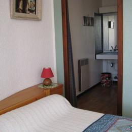 chambre et cabinet de toilette - Location de vacances - Villard-de-Lans